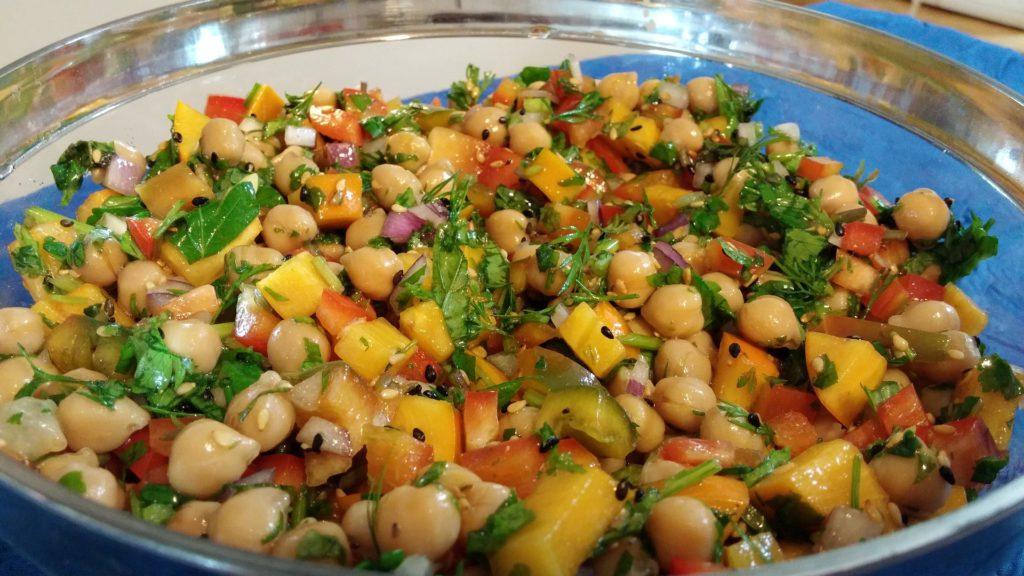 Salade de pois chiches aux légumes